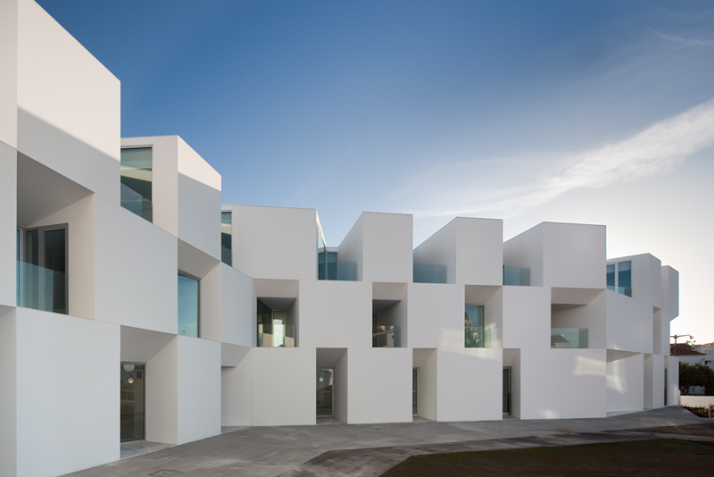 Aires mateus house for elderly people the photophore for A person who designs buildings and houses