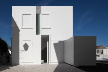 Aires Mateus Associados: House in Alcobaça
