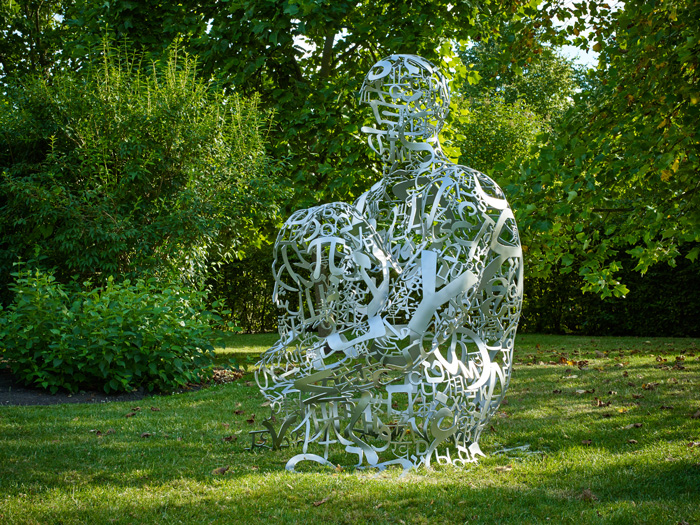jaume-plensa-tribute-to-dom-thierry-ruinart-2016-ruinart-champagne_35547133342_o_web