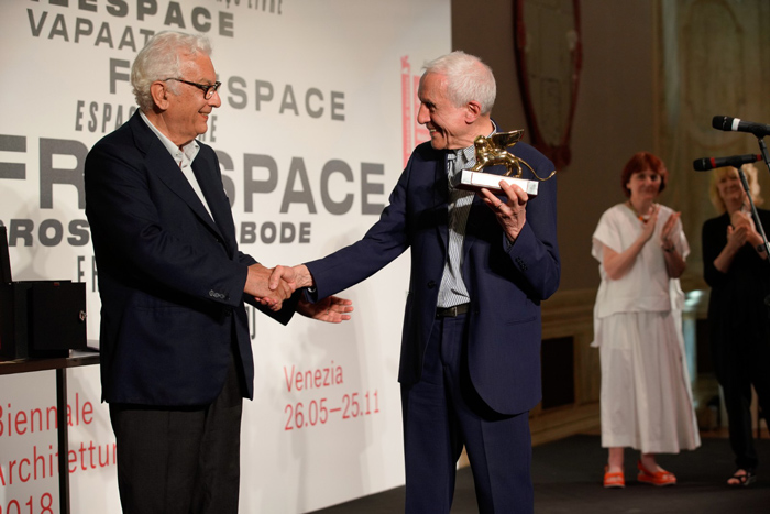 Venice Biennale of Architecture 2018: Golden Lion for Lifetime Achievement - Kenneth Frampton - Image Courtesy of La Biennale di Venezia