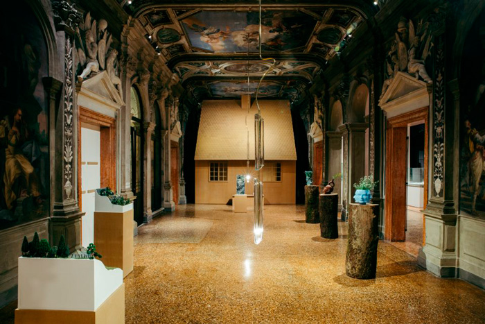 """Machines à penser"", at Prada Foundation in Venice: exhibition view. Image courtesy of Prada Foundation"