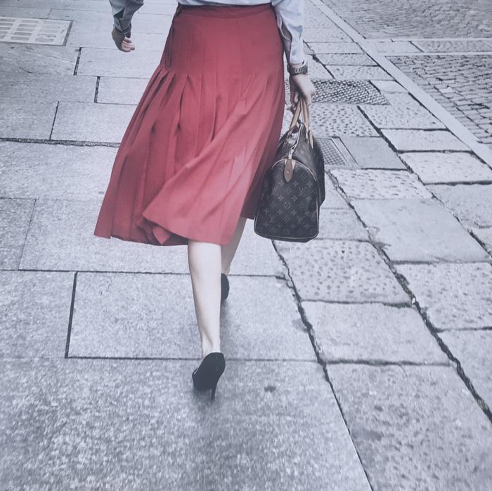 Simone Mussat Sartor, Legs, 2008-18. Digital photography, 26,5x26,5 cm. Courtesy Alberto Peola Gallery - Arte Fiera 2019 Bologna