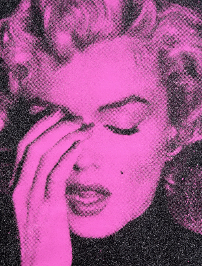 Russell Young, Marilyn Monroe Crying, 2010, Emailledruck persian rose mit Diamantstaub auf Leinwand, 157 x 122 cm, Galerie Jeanne, München–DE - Courtesy of Art Salzburg