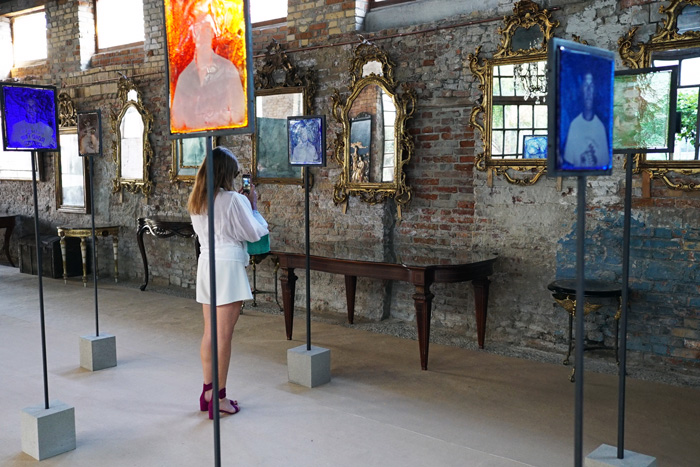 Man in the Glass, Venice 2020, exhibition view. Courtesy of Zuecca Projects, Venice